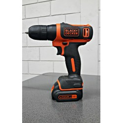 Taladro 3/8 12 volt Black & Decker